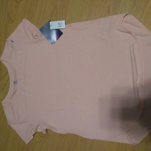 Gap fit Tee NWT
